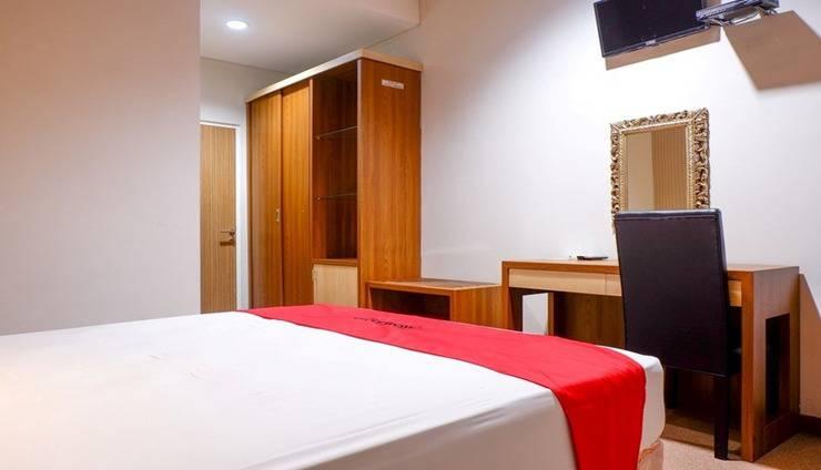 RedDoorz Plus near Mall Ciputra Semarang Semarang - Room