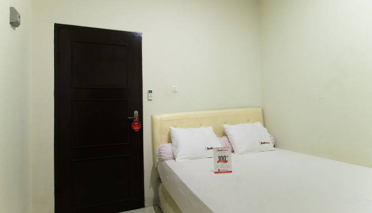 RedDoorz @Pancoran Jakarta - Kamar tamu