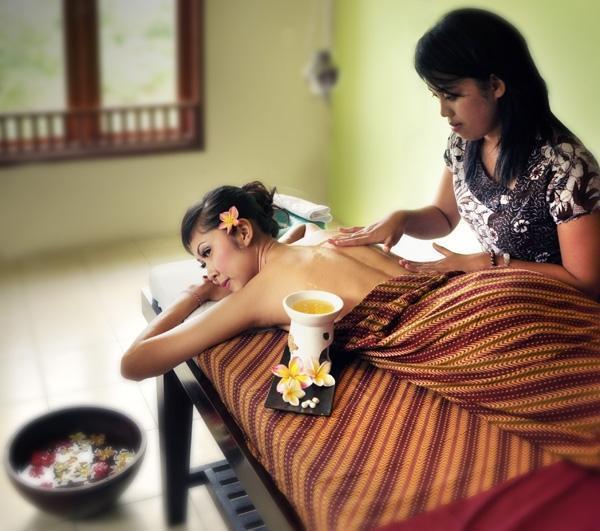 Al-Isha Hotel Bali - Spa and Reflexiology