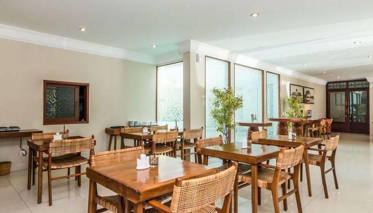 ZEN Premium Dewi Saraswati Seminyak - Restoran