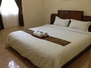 Larasati Guest House Yogyakarta - Kamar Tamu