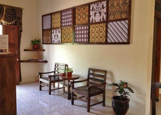 Larasati Guest House Yogyakarta - lobi