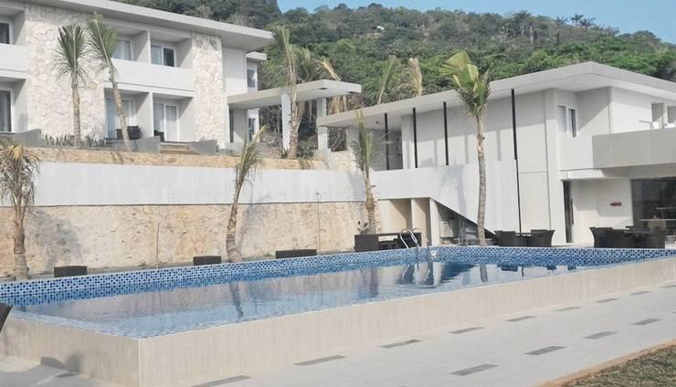 Karimun Jawa Hotel D'Season Jepara - Pool