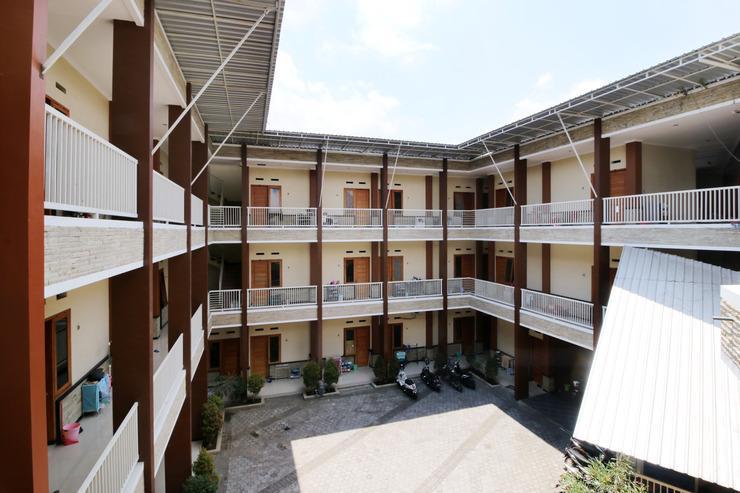 Airy Syariah Lowokwaru Raya Sumbersari 2 Malang Malang - Exterior
