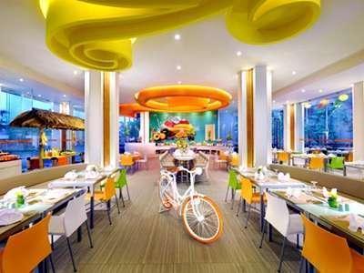 HARRIS Hotel Kuta - Kafe