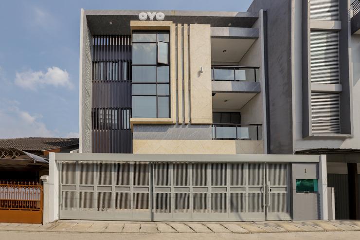 OYO 333 JJ Sweet Residence Jakarta - Facade