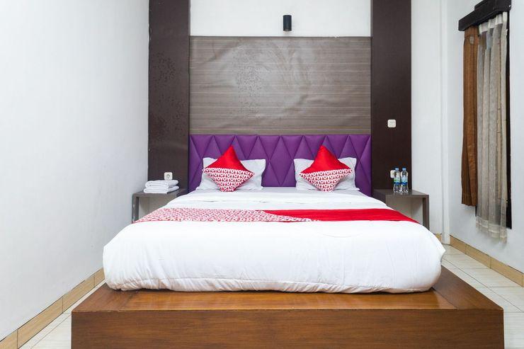 OYO 681 Wisma Family Raya Bandung - Bedroom