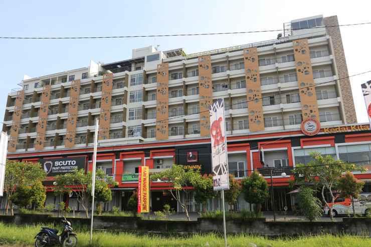 Student Park Hotel Yogyakarta - building