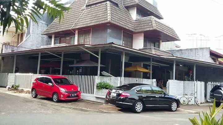 Mayestik Guest House Syariah Jakarta - Exterior