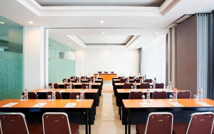 Hotel Amaris Makassar - Meeting Room