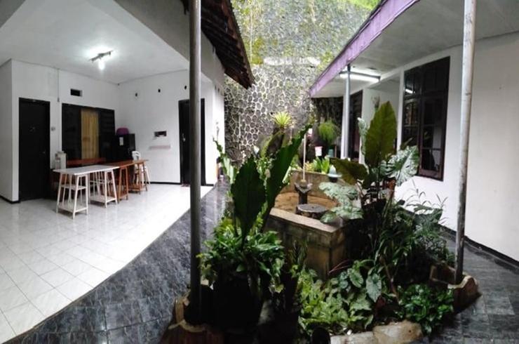 Villa Leissure Songgoriti Malang - Interior