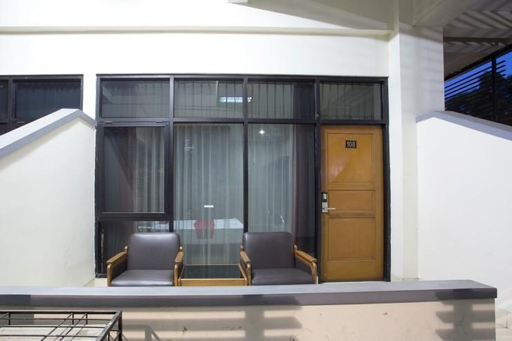 RedDoorz @ Surapati Bandung - Exterior