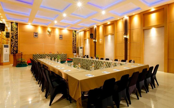 Hotel Inna Tretes - Meeting room