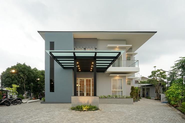OYO 388 Raka Residence Syariah Surabaya - FACADE