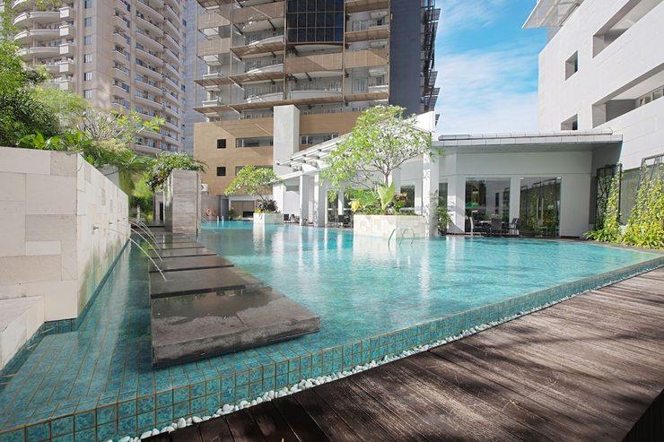 eL Royale Hotel Jakarta - Outdoor Pool