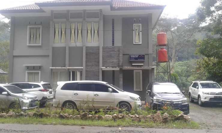 Landung Malino Homestay Toraja Utara - Interior