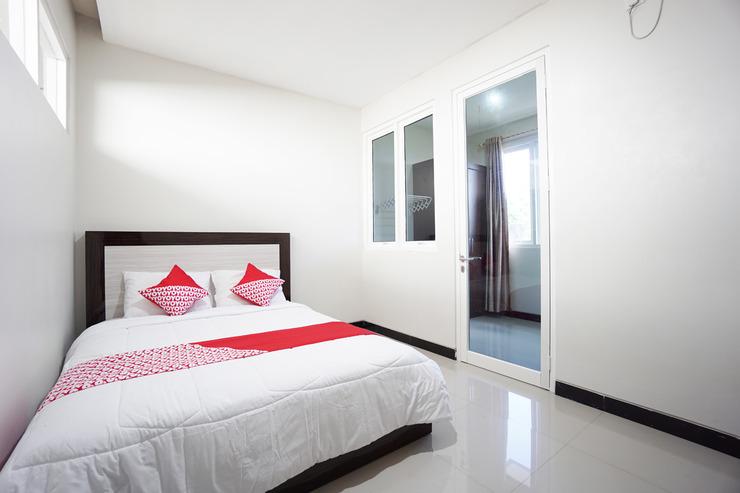 OYO 1290 Felizcha House Manado - Bedroom S/D
