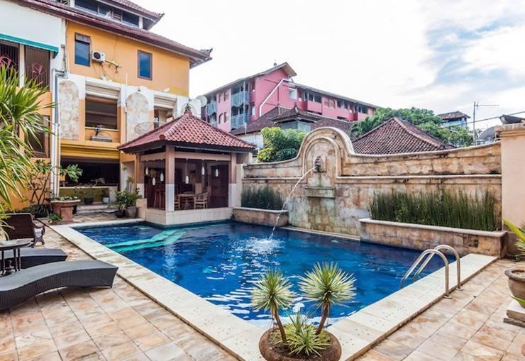 Tinggal Standard at Discovery Kartika Plaza Bali - Kolam Renang