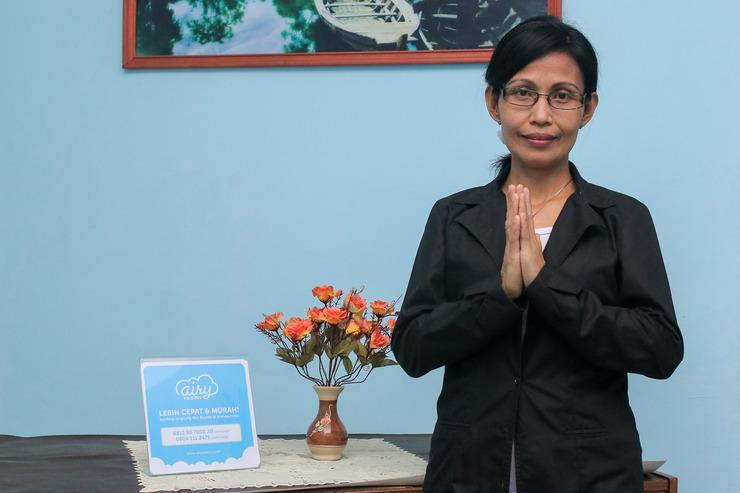 Airy Eco Syariah Pasteur Cibogo Atas 97 Bandung - Receptionist