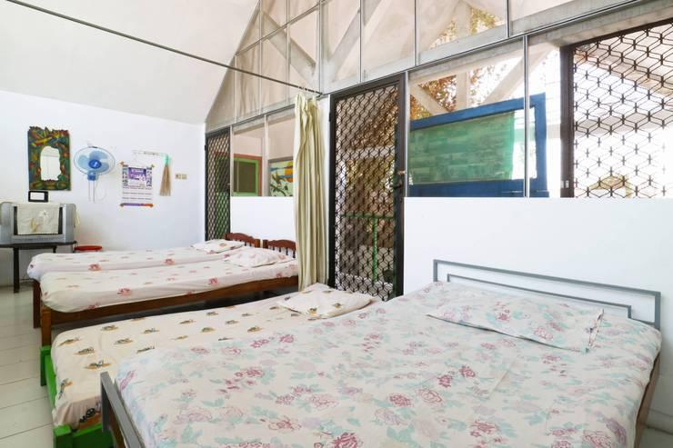 Da Rifi Hostel Surabaya - Single Bed