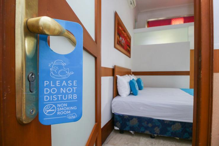 Airy Eco Dukuh Kupang Dua Puluh Sembilan 4 Surabaya - Door Hanger