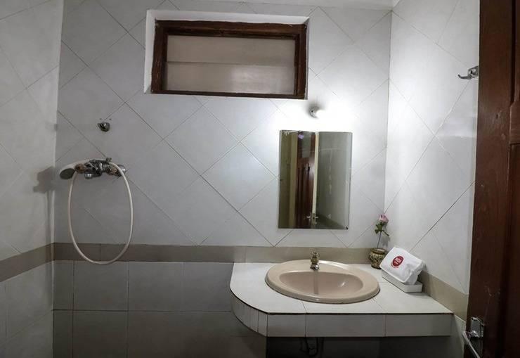 NIDA Rooms Pasar Kembang 61 Kraton - Kamar mandi