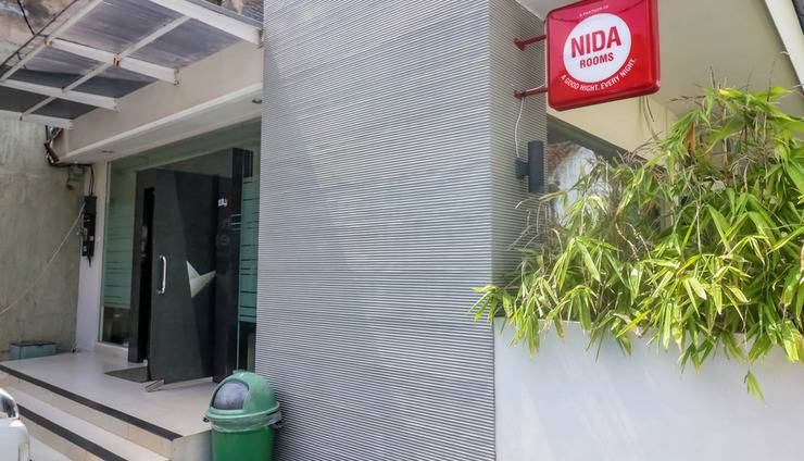 NIDA Rooms Semarang Kalikuping Cahaya Semarang - Eksterior