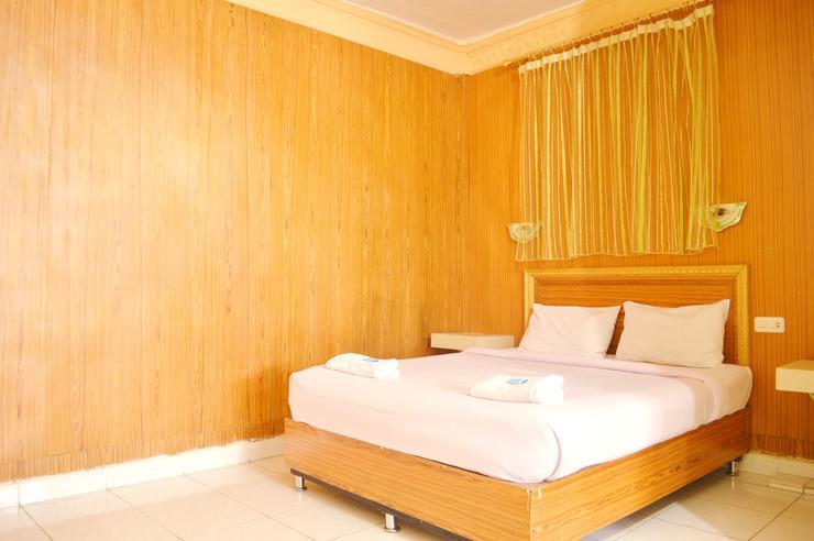 Hotel Yuriko Padang - Kamar Deluxe