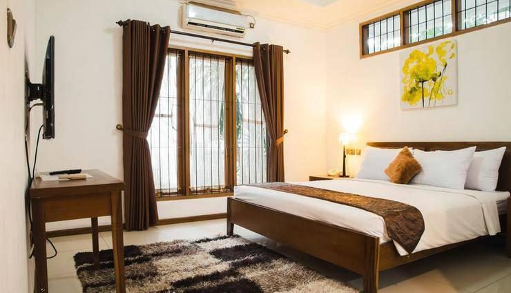 Kuldesak Villas Bandung - 4 Bedrooms Villa