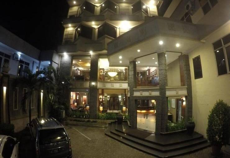 Harmonis Hotel Tarakan Tarakan - Eksterior