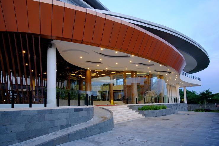 Antero Hotel Jababeka by Prasanthi Bekasi - Exterior
