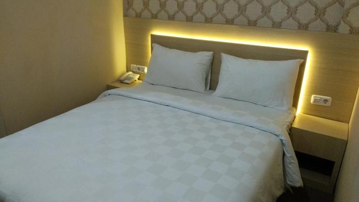 Guest House RangkayoBasa Padang - room