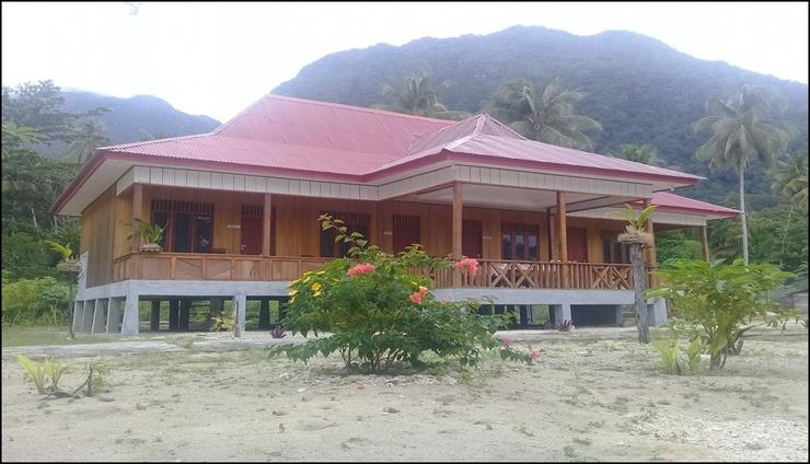 Nusa Nalan Beach Resort  Maluku Tengah - exterior