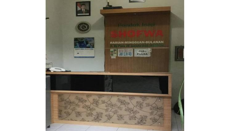 Pondok Inap Shofwa Surabaya - Resepsionis