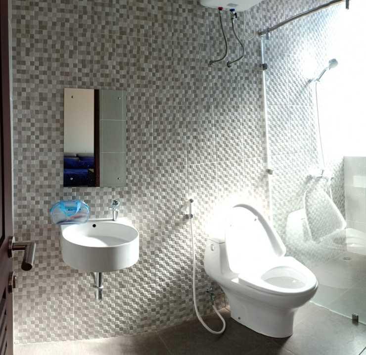 LINDA Homestay Sukabumi - Bathroom