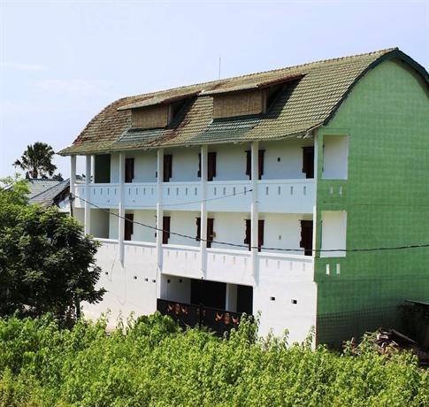 Mandurah Hypnosis Spa & Homestay Bali - Bangunan tampak depan