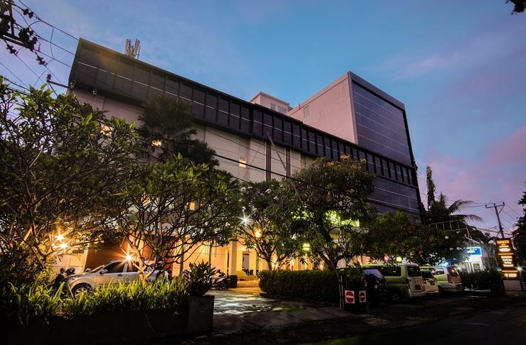 Sunwood Arianz Hotel managed by BENCOOLEN Mataram - Tampak Depan