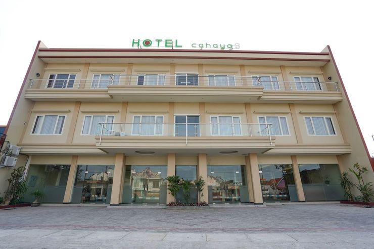 OYO 1330 Hotel Cahaya 3 Surabaya - Facade
