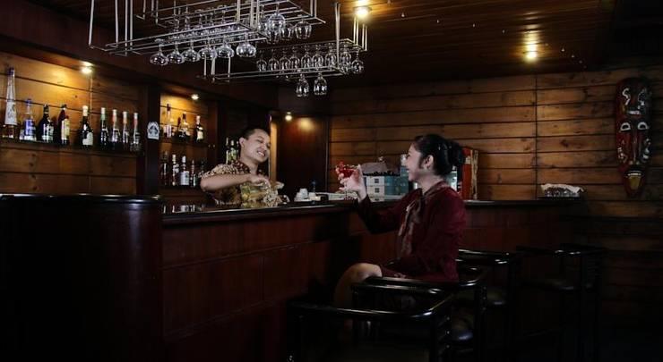 Regents Park Malang - Bar