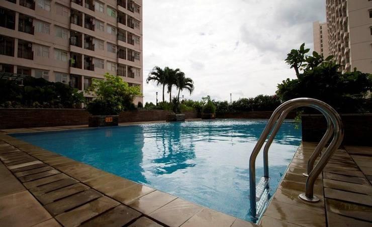 RedDoorz Apartment Margonda Residence 3 Depok - Kolam Renang