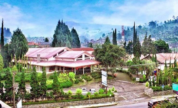 Hotel & Banquet Panorama Lembang Lembang - Eksterior