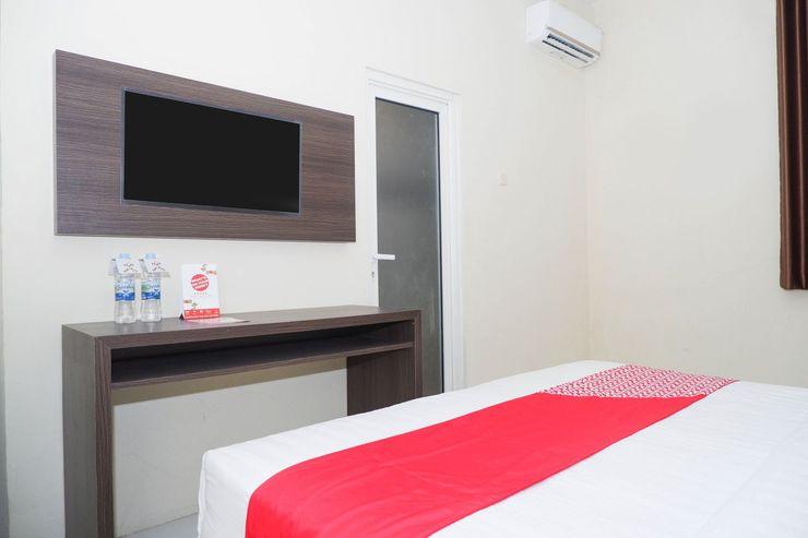 OYO 1217 Candi Residence Semarang - Bedroom