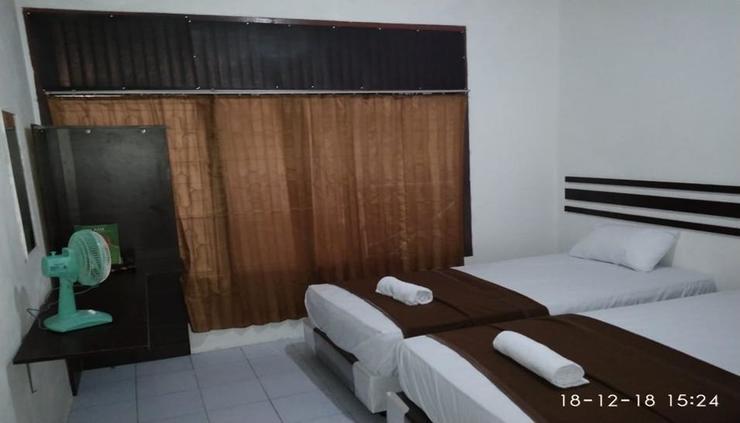 Skyz Guesthouse Padang - room