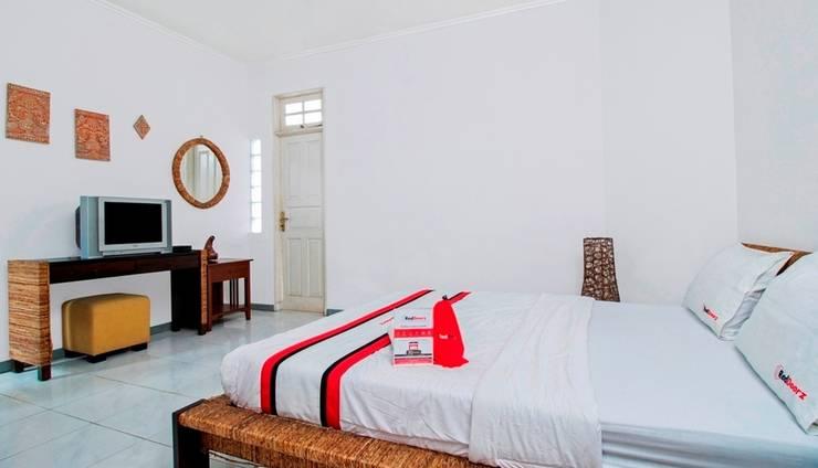 reddoorz jalan bangka jakarta booking dan cek info hotel rh pegipegi com