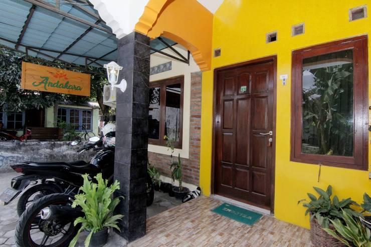 Andakara Homestay Yogyakarta - Exterior