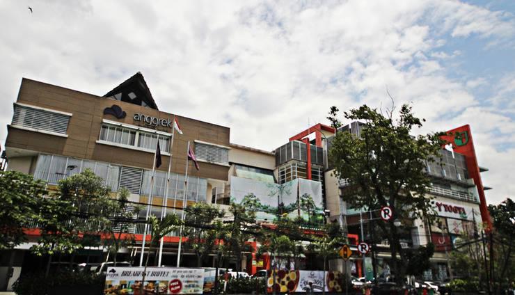 Anggrek Shopping Hotel Bandung - Front View
