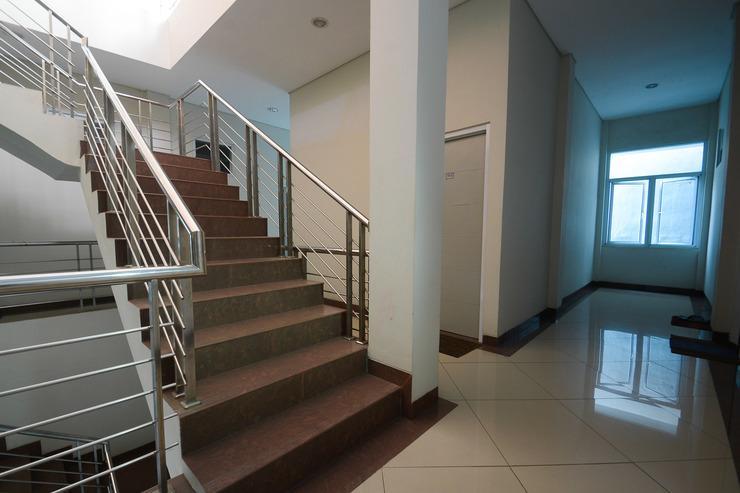 Airy Eco Grage Cangkring Tengah 22 Cirebon - Stairs