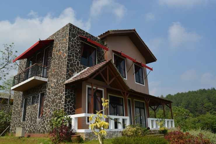 Hotel & Resort Degung Hillside Bogor - Facade