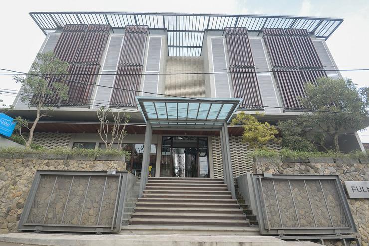 Airy Eco Pasteur Babakan Jeruk Indah Satu 4 Bandung - Hotel Front