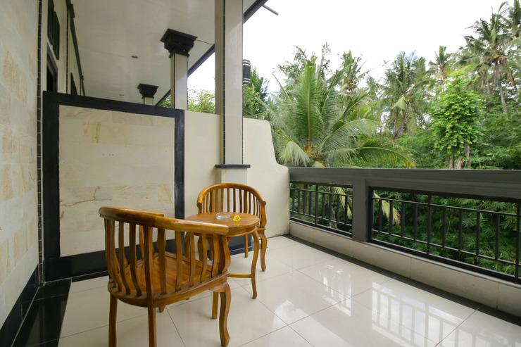 Airy Raya Pengadangan Mengwi 2 Bali - Terrace